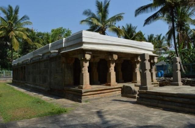 EnMalayalam_Jain templew at sulthan batheri-VJpOnC91MY.jpg