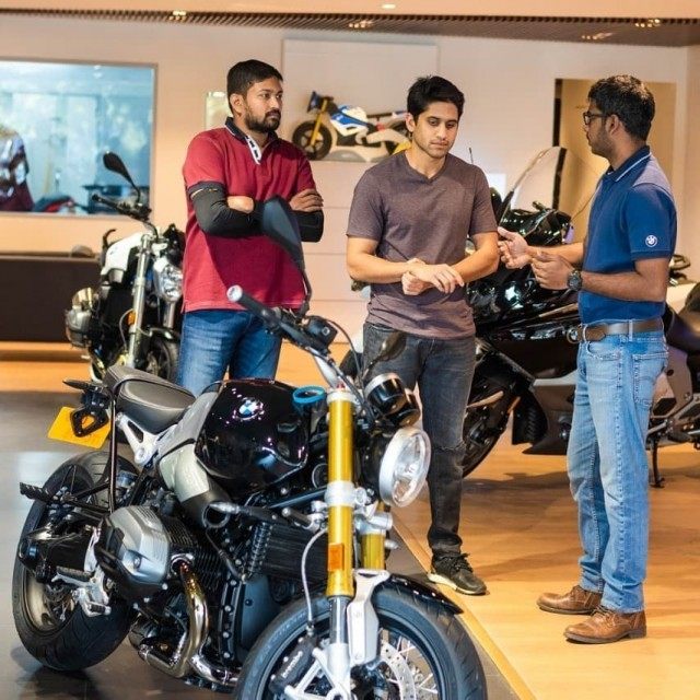 Naga-Chaitanya-Bought-New-BMW-Rninet-Bike-3-4Gnuv2REzx.jpg